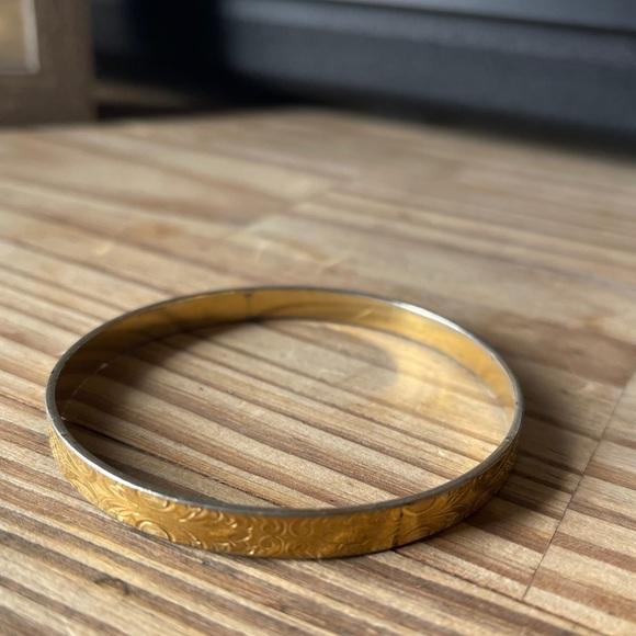 Vintage monet gold etched floral bangle bracelet